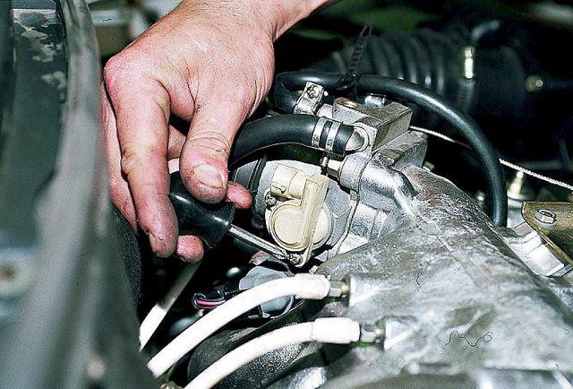 Глохнет двигатель у автомобиля