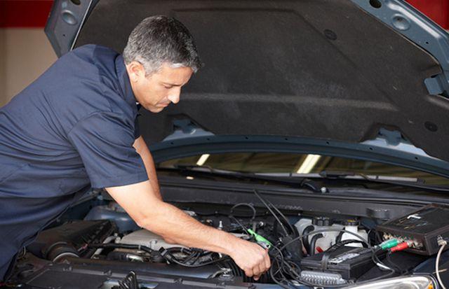 ne zavoditsya dvigatel 04 - Как проверить поступает ли бензин на инжекторе