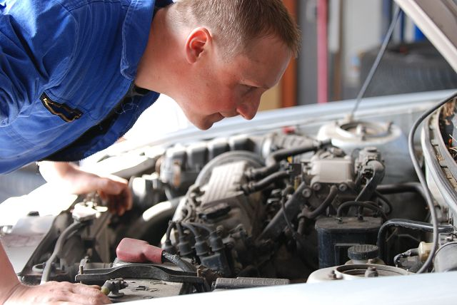Наблюдение за работой двигателя