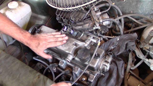 Двигатель стучит