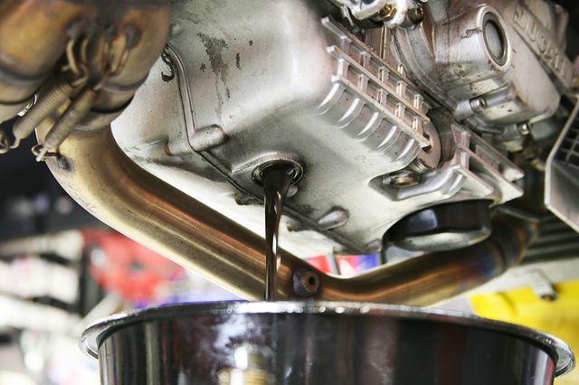 Замена масла в моторе