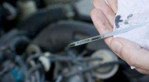 Почему в двигателе масло быстро чернеет