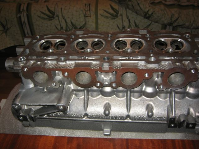 Двигатель 21126 ГБЦ