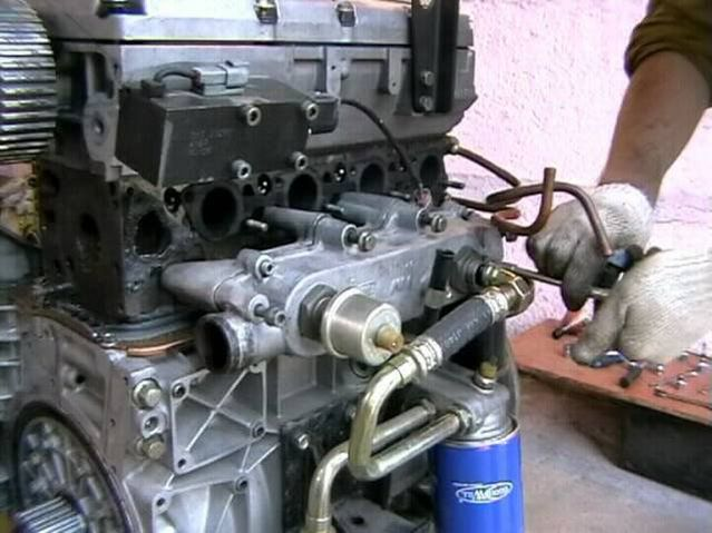 Двигатель ЗМЗ-560 «Штайер»