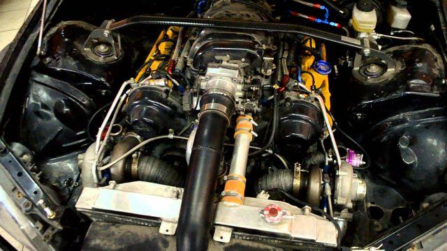 Двигатель Тойота V 8—1UZ-FE