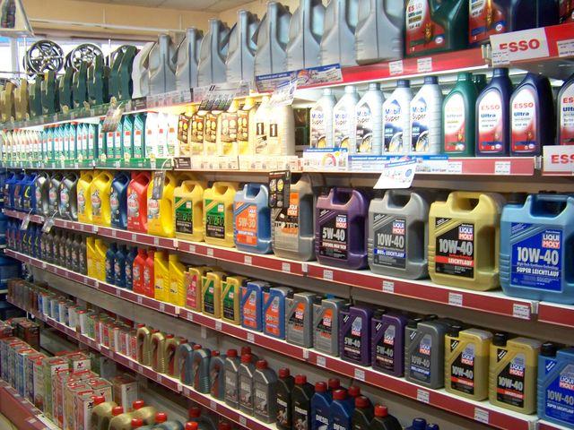 Выбор масла в магазине