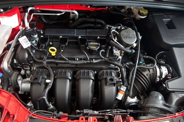 Форд Фокус 3 Duratec 2.