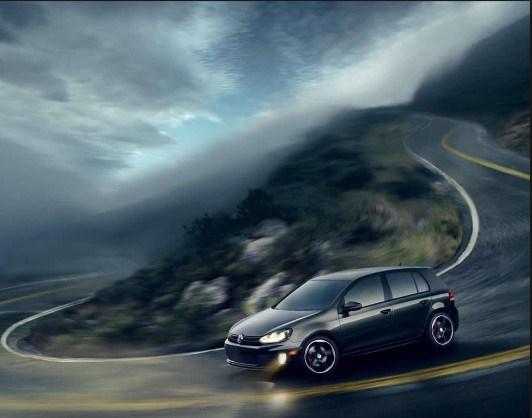 Автомобиль на горном серпантине