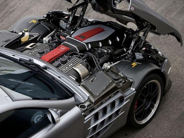 Мотор Mercedes-Benz SLR McLaren