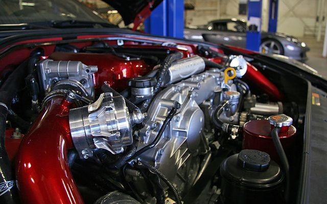 Двигатель VR38