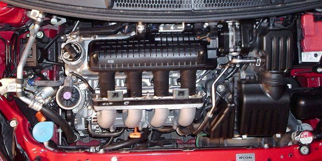 Двигатель L15