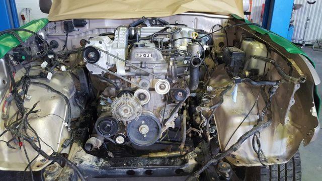 Двигатель 1FZ-FE в ремонте