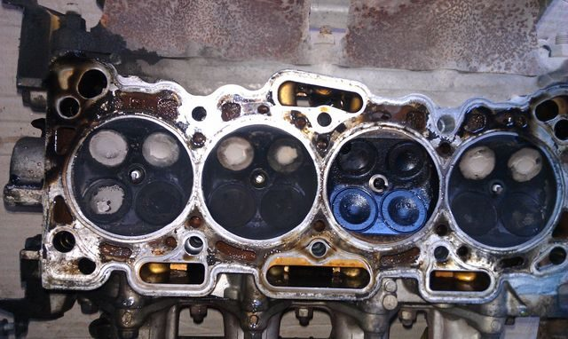 Прогоревшие клапаны 4G15
