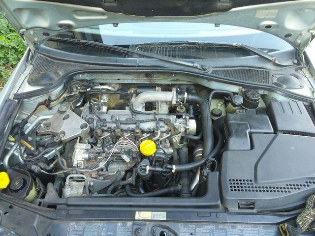 Двигатель F9Q