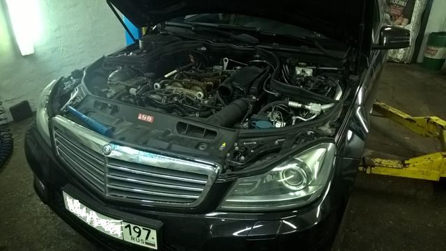Мерседес с двигателем М271