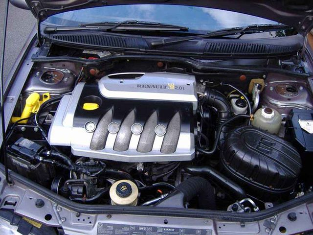 Двигатель Рено