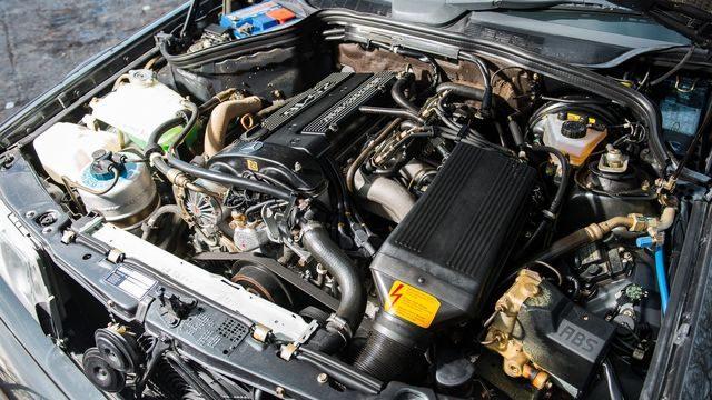 Мотор M102 E23/V23.