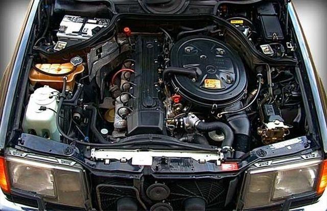Мотор Мерседес М103 3.0