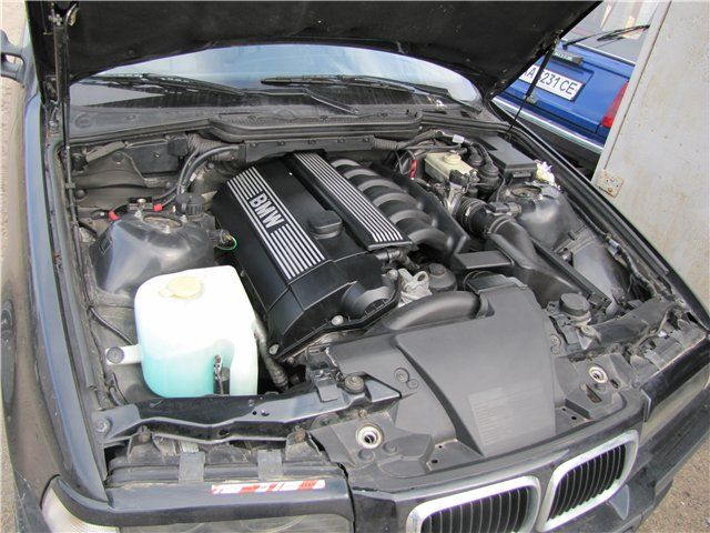 Мотор М52
