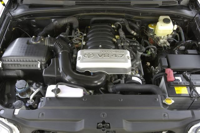 Мотор Toyota 2UZ-FE