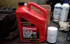 FORD Motorcraft Premium Synthetic Blend 5W30