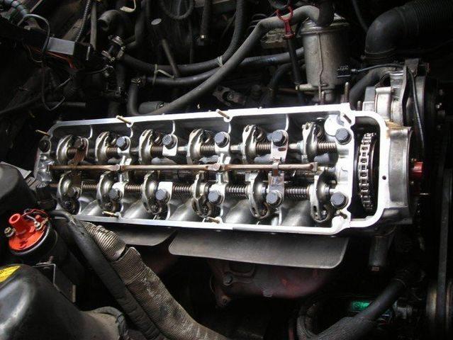 Двигатель BMW M30B35