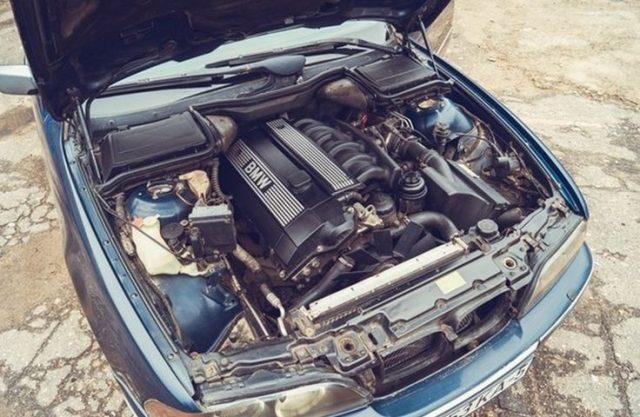 Двигатель BMW M52B20