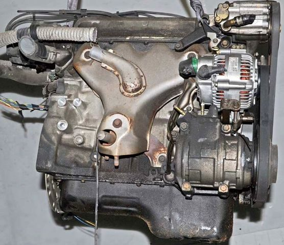Двигатель Honda F18