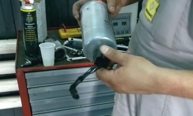 Фильтр топлива Рено Дастер