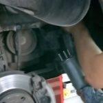 Демонтаж топливного фильтра Рено Дастер дизель