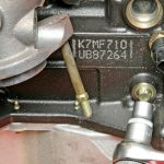 Снимаем опору двигателя Рено Логан