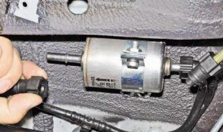 Топливный фильтр Шевроле Спарк