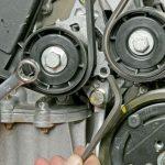 Замена ремня генератора Renault Sandero