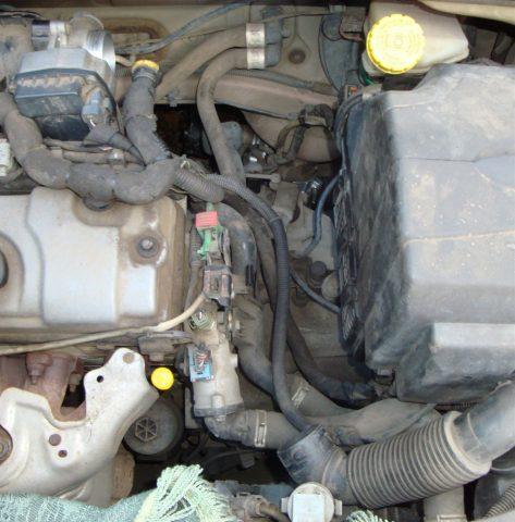 Демонтаж корпуса воздушного фильтра Citroen C3