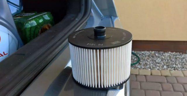Топливный фильтр Citroen C5