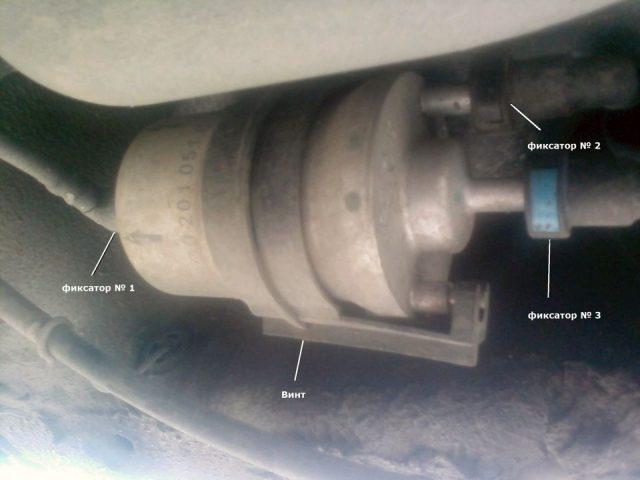 Схема замены топливного фильтра Skoda Fabia