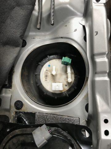 Замена топливного фильтра Renault Koleos бензин