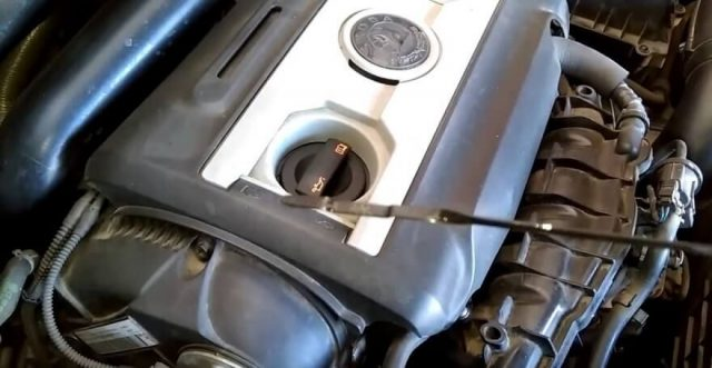 Масляный щуп Skoda Octavia A5