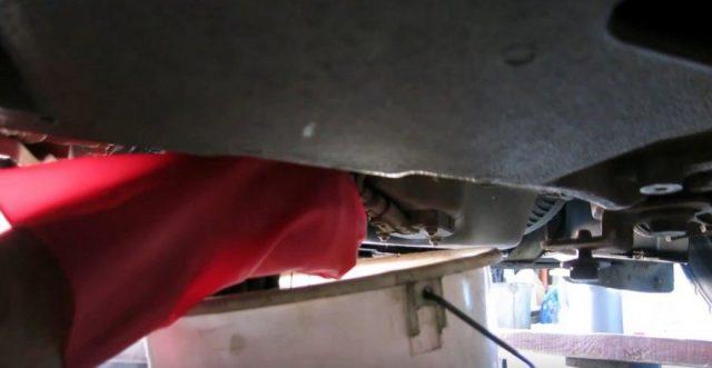 Слив масла Skoda Octavia A5