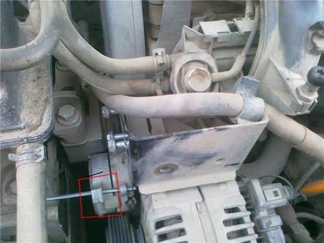 Стопор натяжителя Skoda Octavia A7