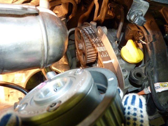 Замена ГРМ Renault Scenic