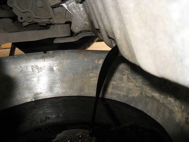 Слив масла Skoda Octavia A7