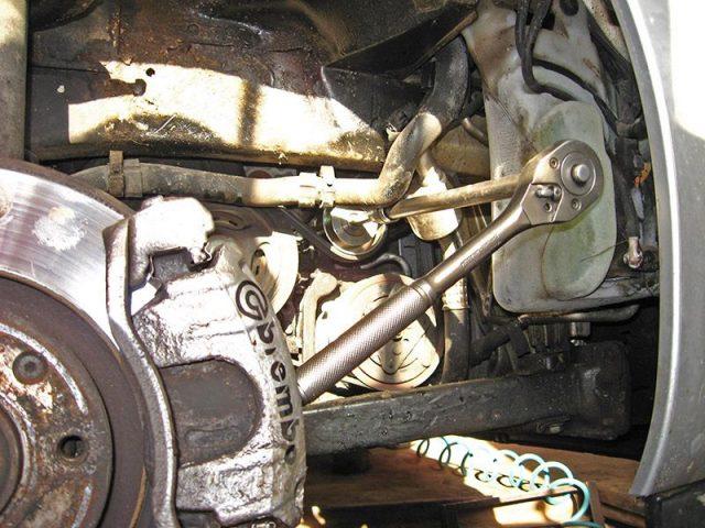 Демонтаж ремня генератора Peugeot 207